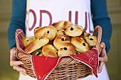 Lussebullar (Swedish saffron buns with raisins)