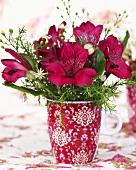 Blumenstrauss mit Inkalilien (Alstroemeria)