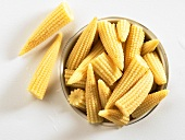 Baby corn in tin (overhead view)