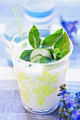 Cucumber drink with fresh mint