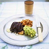 Baked red onion, avocado puree and fig and pear chutney