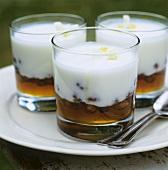Nut honey with yoghurt cream