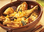 Chicken with apricots, garlic and bay leaves, Majorca