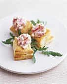 Puff pastry pasties with radish salad