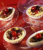 Cherry tarts with almonds