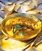 Pork curry with garlic