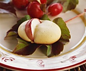 Marzipan puff with apple