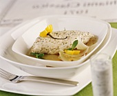 Chicken breast with lemon and mint sauce