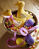 Baked Easter chicks (yeast dough)