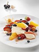 Semolina pudding with fruit
