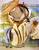 Naan bread and chapatti