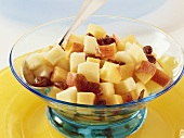 Apple and peach salad with raisins