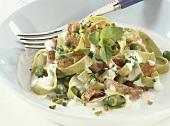 Green pasta salad with marjoram and salami