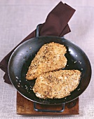Chicken breast in sesame crust