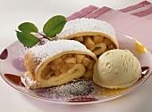 Crespelle dolci con la mela (apple pancake, Italy)
