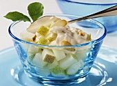 Pear salad with almond sauce