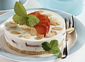 Small yoghurt cake with marzipan base