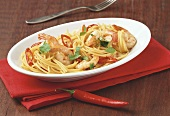 Spaghetti alla pescarese (spaghetti with shrimps & chili)