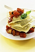 Pasta envelopes with peppers