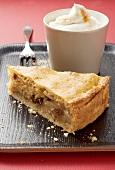 Apple pie with cinnamon cream