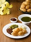 Pani Puri (Gefüllter Snack, Indien)