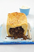 Lentil pie with potato pastry