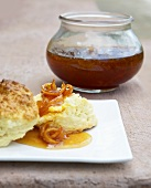 Scones with lime and rooibos marmalade (South Africa)