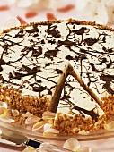 White chocolate honey cake with praline