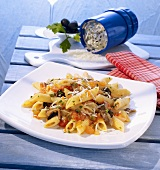 Penne alla pizzaiola (with garlic, anchovies, olives, capers)