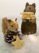 Weihnachtsplätzchen und Tierfiguren