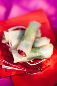 Rice paper rolls with fruit filling