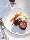 Beef fillet with pastasotto and caramelised carrots