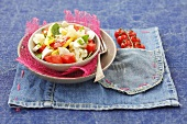 Tomato and cauliflower salad with wax beans and button mushrooms