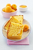 Yeasted apricot cake