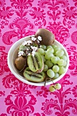 Kiwi fruit and green grapes