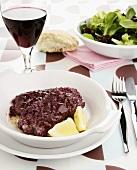 Salsiccia al vino rosso (Sausage in red wine, Italy)