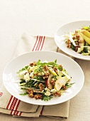 Chicory, rocket and pear salad with nuts and blue cheese