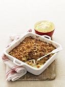 Apple crumble with slivered almonds
