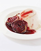 Panna cotta with a fig sauce