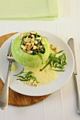 Kohlrabi stuffed with spinach and pine nuts