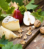 Pere, formaggio e noci (Pears, cheese and walnuts)