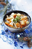 Vegetable soup with croutons (Christmas)