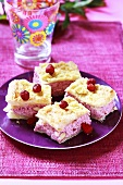 Puff pastry slices with wild strawberries