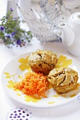 Carrot and orange muffins with grated carrot