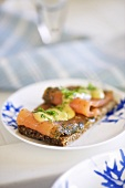 Gravadlax with mustard and dill sauce on rye bread