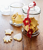 Vanilla biscuits in jar to give as a gift