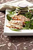 Autumn salad with smoked chicken breast and goat's cheese