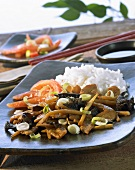 Stir-fried vegetables and mushrooms