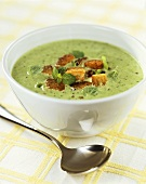 Creamed pea and leek soup with croutons