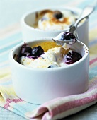 Peach and blueberry gratin